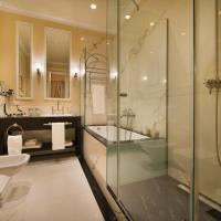 Two-Bedroom King Suite (including daily refilled free mini bar)