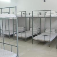 Bed in 16 bed mixed dormitory room