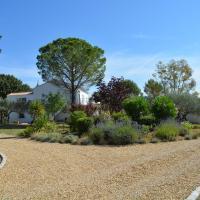 Hotel Pictures: Villa Valdor, Cotignac