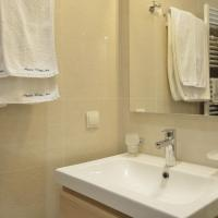 One-Bedroom Apartment with Free Spa Access