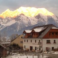 Hotel Pictures: Gasthof Grabenwirt, Irdning