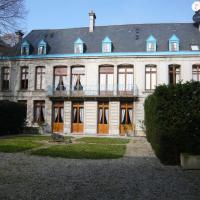 Hotel Pictures: Hôtel Particulier des Canonniers, Saint-Quentin
