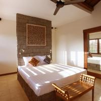 Two-Bedroom Jacuzzi Private Villa