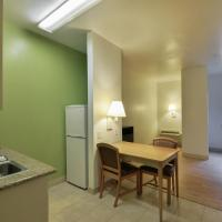 Suite Room with Two Double Beds - Smoking