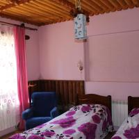 Economy Double Room with Shared Bathroom or Toilet