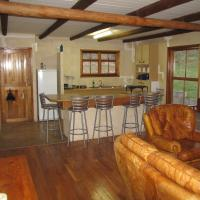 Stone Cottage (8 Guests)