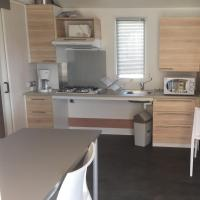 Two bedroom Air Conditioned Mobile Home with access for disabled persons