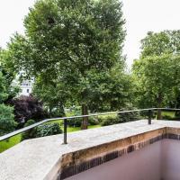 Two Bedroom Apartment - Egerton Gardens V
