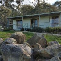Hotel Pictures: Warby Cottage, Wangaratta
