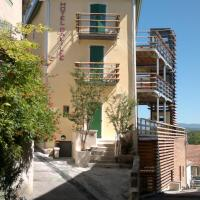Hotel Pictures: Hotel Galilee, Saint-Michel-l'Observatoire