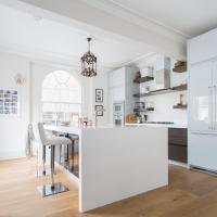 Three-Bedroom Apartment - Shalcomb Street