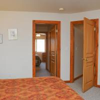 Two-Bedroom Apartment 3392