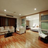 Special Offer - Deluxe One-Bedroom Suite