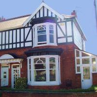 Hotel Pictures: Brown's Rooms, Cleethorpes