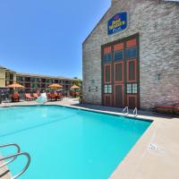 BEST WESTERN PLUS Raffles Inn and Suites