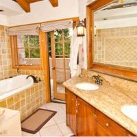 Sherman Oaks 4 Bedroom Villa