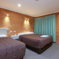 Family Two Connecting Queen Deluxe Rooms