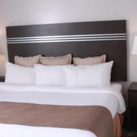 Deluxe Three Bedroom Suite - Non-Smoking