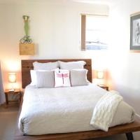 Hotel Pictures: Dragonfly Bed and Breakfast, Ballina