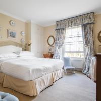Three-Bedroom Apartment - Grafton Square III