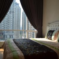 Superior Three-Bedroom Apartment with City View