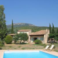 Hotel Pictures: Villa Des Veys, Cuers