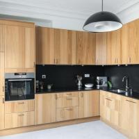 Three-Bedroom Apartment - Rue d'Amsterdam III