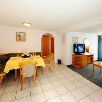 One-Bedroom Apartment with Balcony First Floor - 5, Compatschstr.