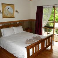 Two-Bedroom Cottage - Conifer