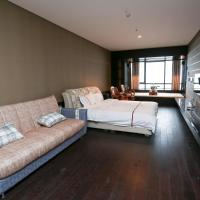 Business Suite with Oceanside