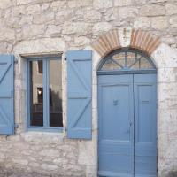 Hotel Pictures: L'Orée du Castel, Castelnau-de-Montmiral