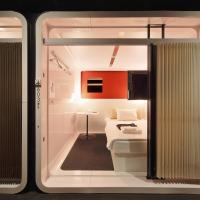 Superior Capsule Room for Male