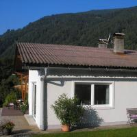 Hotel Pictures: Bungalow Seeblick Ossiacher See, Bodensdorf