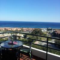 Hotel Pictures: Apartment Gibraltar, Castillo de Sabinillas