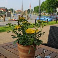Hotel Pictures: Zum Goldenen Anker, Tönning