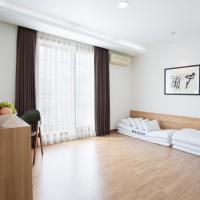 Korean-Style Deluxe Double Room with Sea View