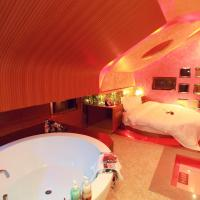 Mainland Chinese Citizens - queen Room with Sauna