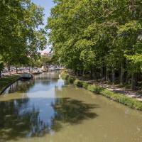 Hotel Pictures: Hôtel du Canal, Castelnaudary