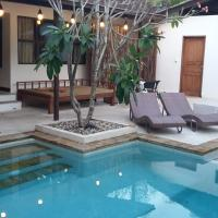 Villa Staman Asri with Enclosed Living Room