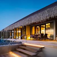 Sunset Deluxe Water Pool Villa