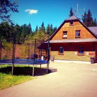 Hotel Pictures: Chata Kladské Sedlo, Pelc Tyrolca