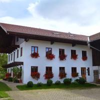 Hotel Pictures: Ferienwohnung Baumgarten 33, Übersee