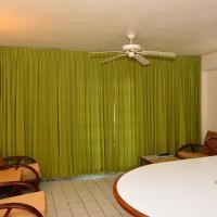 One-Bedroom Suite with Kitchen