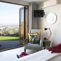 Luxury Double Room with City and Ocean View