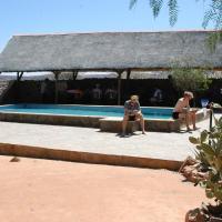 Hotellikuvia: Oppi-Koppi Rest Camp, Kamanjab