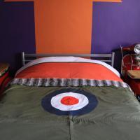 Double Room - Modrophenia