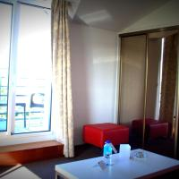 Superior Double or Twin Room with Lateral Sea View