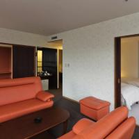 Suite - Twin Room with Tatami Area - Non-Smoking