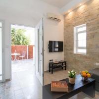 One-Bedroom Apartment - 3 Yehezkel Street