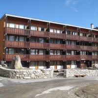 Hotel Pictures: Apartments in Makalu, La Plagne